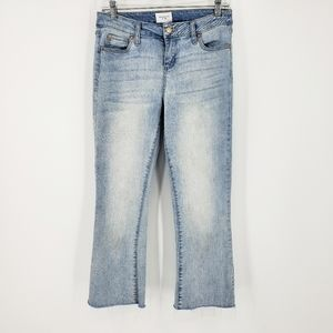 Celebrity Pink Light Wash Crop Jeans 28 Raw Hem